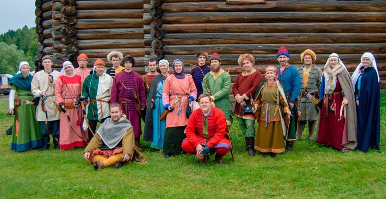 <h2>«Уральские белки» </h2>Клуб исторической реконструкции